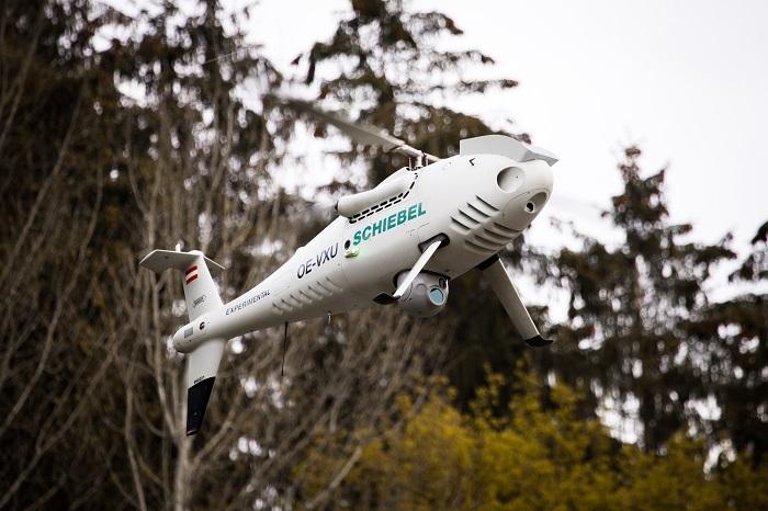 Die Hubschrauberdrohne CAMCOPTER S-100 von Schiebel