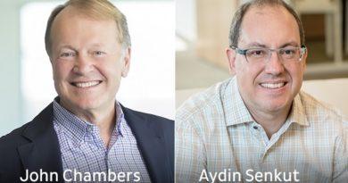 Privatinvestor John Chambers (Ex-CEO und Aufsichtsratsvorsitzender von Cisco) und Aydin Senkut von der Investmentgesellschaft Felicis Ventures (Foto: Dedrone)